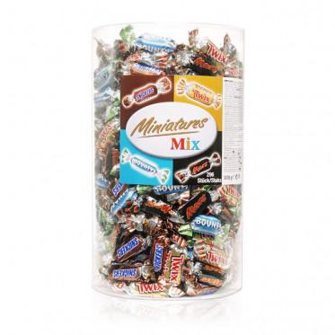 Barre Chocolatée : Tubo Célébration Mini Twix, Mars, Bounty, Snickers - 296 pièces