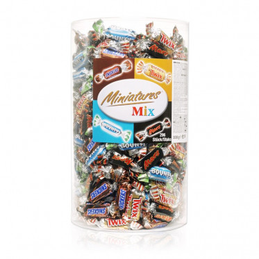 Tubo Célébrations Mini Twix, Mars, Bounty, Snickers - 296 pièces