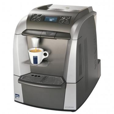 Machine lavazza blue lb 2300 coffee webstore - Lavazza machine a cafe ...